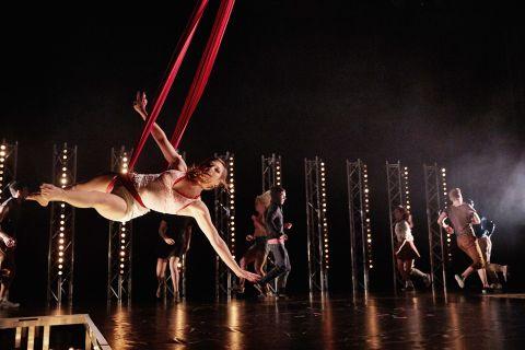Ballett Weihnachten 2019.Abo Ii Konzert Schauspiel Ballett Tanztheater Ballett Show